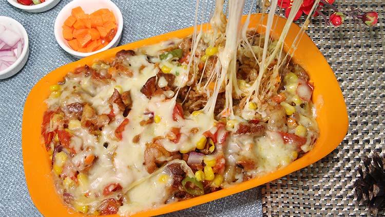 小饭桶-烤肉芝士焗饭