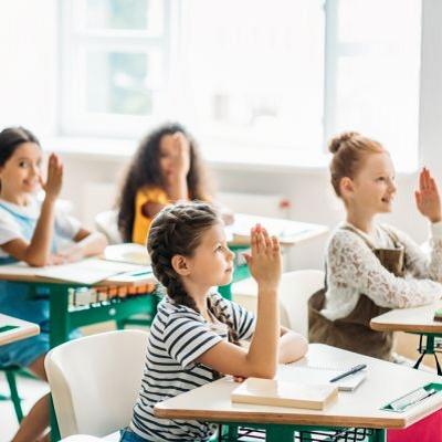 新艺代-教育培训