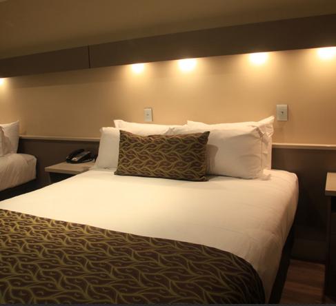 iu-商务性酒店