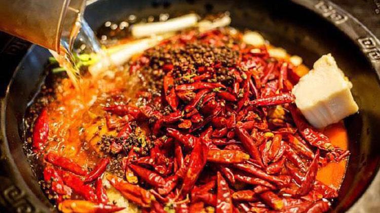 辣奇鲜菜老火锅-红汤锅底