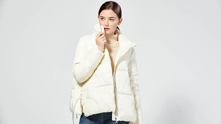 BLSS布伦圣丝-纯白羽绒服