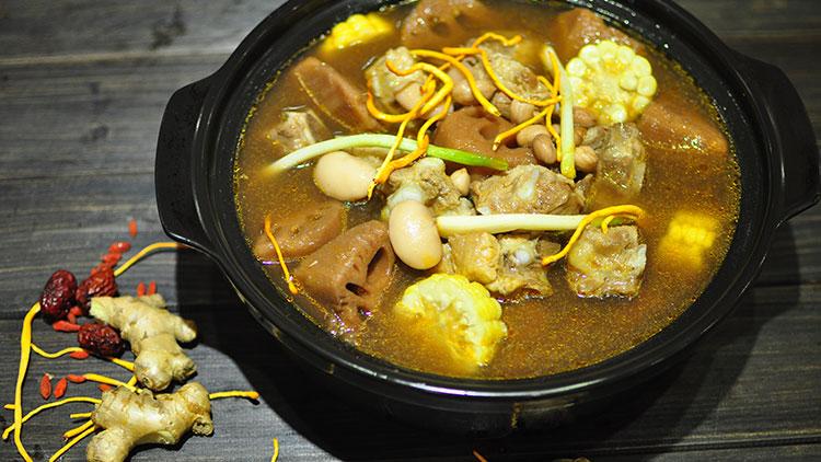 巴人媳妇七品汤煲馆-藕王排骨汤