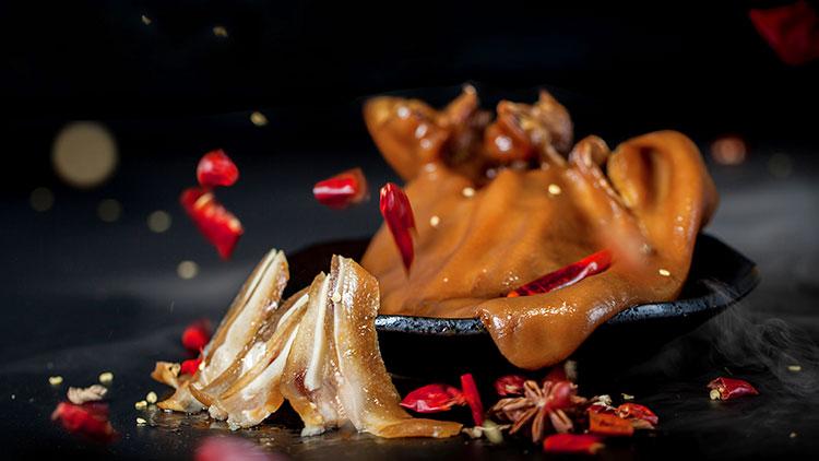 藕然间藕汤-香辣猪耳朵