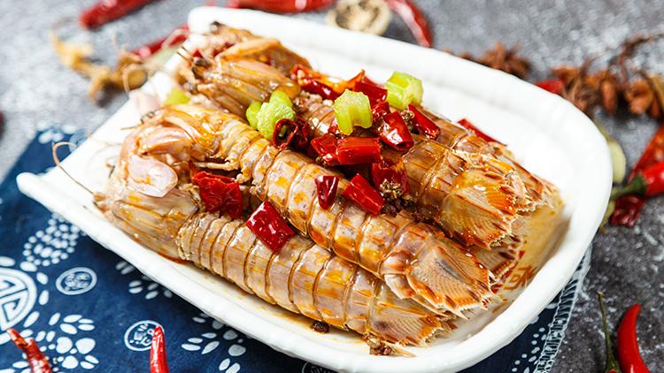 三只龙虾-麻辣皮皮虾